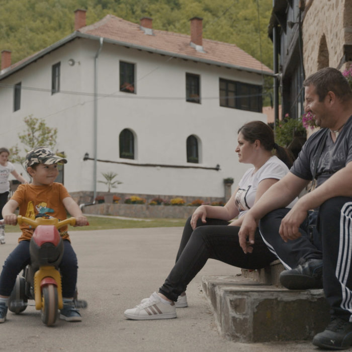 Schulschluss in Serbien – Wenn auf dem Land nichts mehr geht